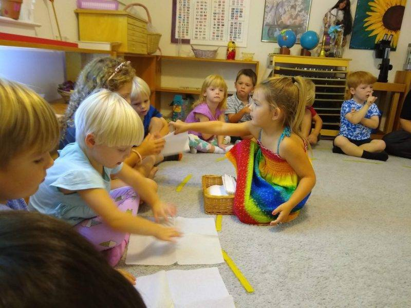 Montessori circle activity
